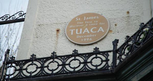 st-james-tavern-tuaca-opt
